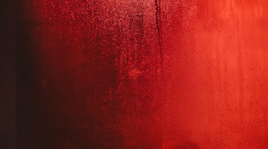 Regla abundante sangre roja
