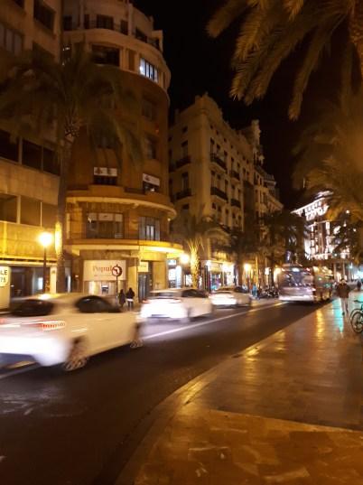 strade di Valencia.jpg