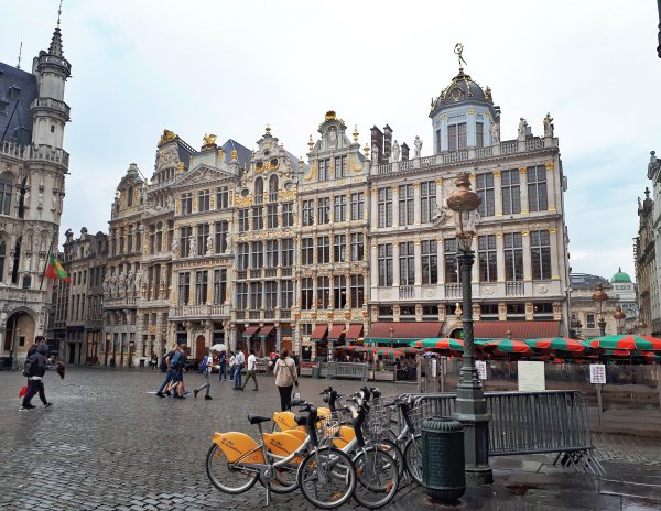 Grand Place Bruxelles - 3.jpeg