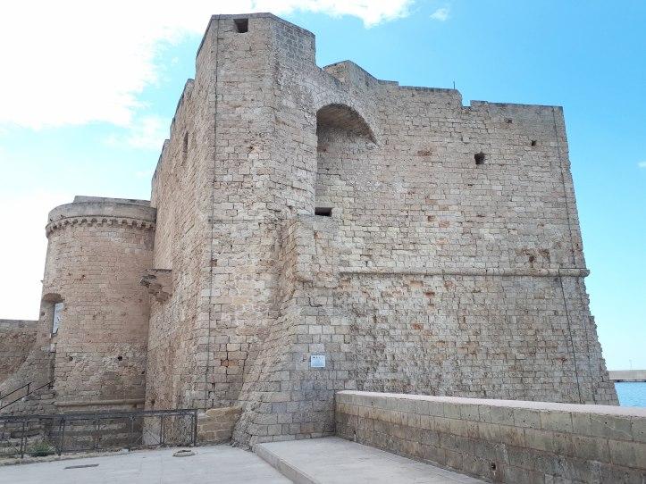 Castello di Monopoli.jpeg
