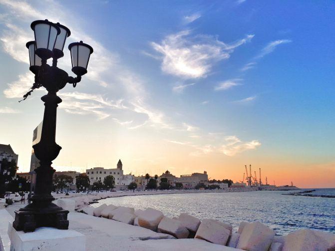Il Lungomare di Bari - tramonto.jpeg