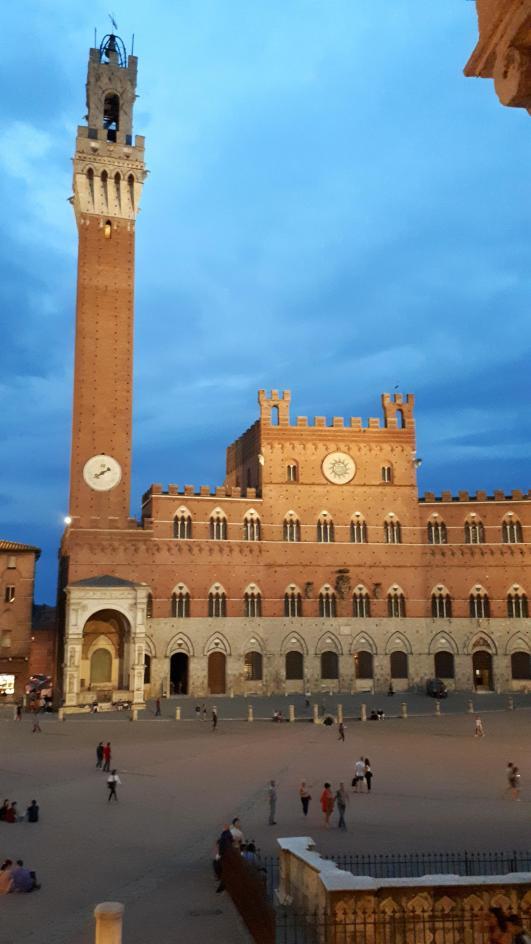 Piazza del Campo - Siena - 4.jpeg