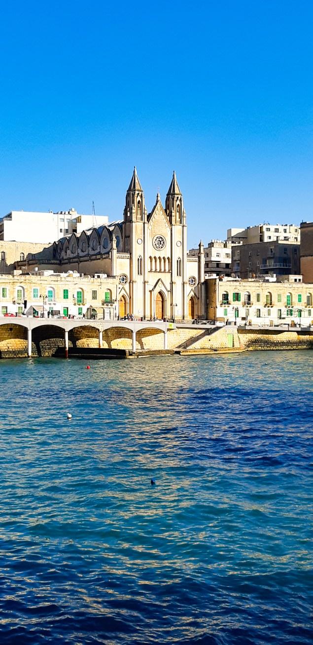 Chiesa Balluta Bay Malta.jpg