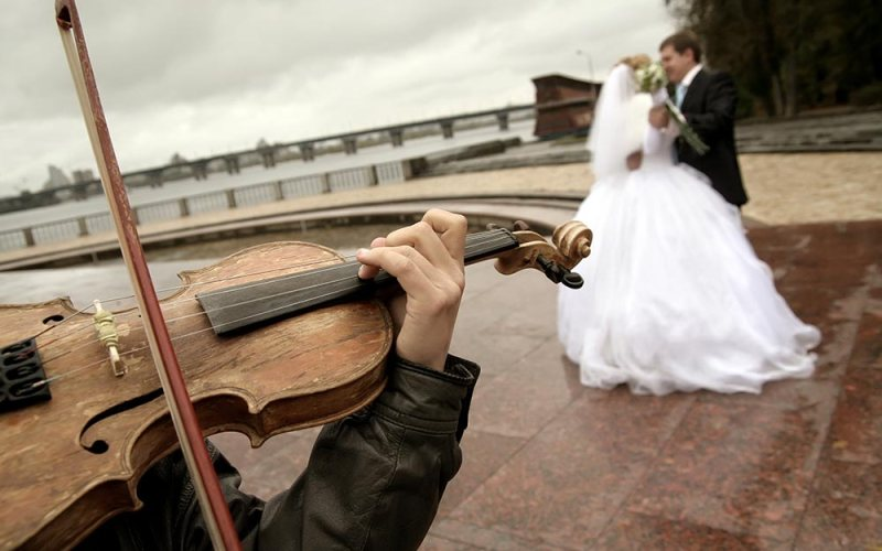 Choose The Right Wedding Music – Live Entertainment Bands