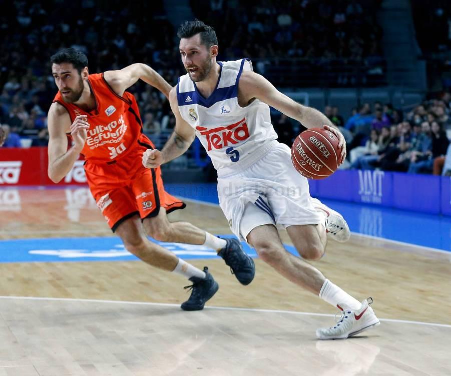 Real Madrid 85-71 Valencia Basket