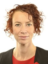 Christina Höj Larsen V