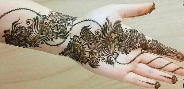 Part-Intricate-Arabic-Mehndi-design
