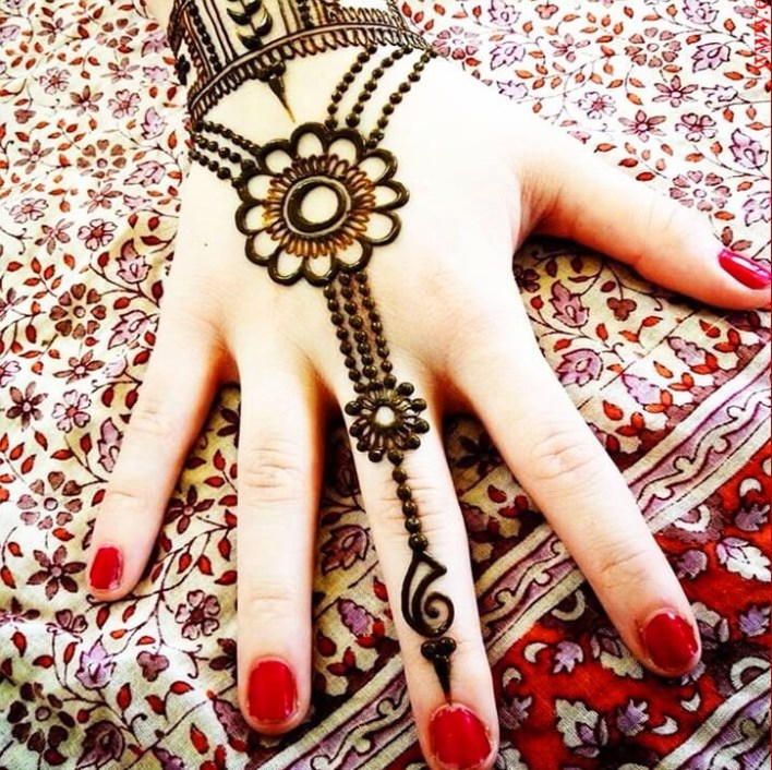 66 Latest-Arabic-Mehandi-Designs-12