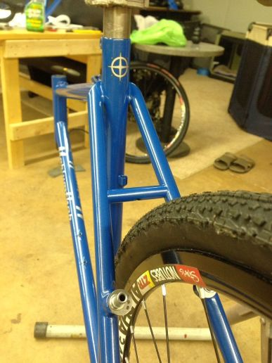 compass star on seat tube, fits 40s with lots of room