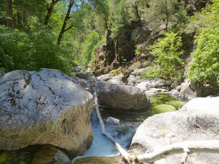 Swimming hole on the way down 2nd Divide