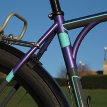Sean's custom allrounder with internal front derailleur cable routing inside the shoulder arch