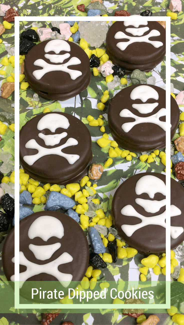 Pirate Dipped Cookies: Pirate Dipped Oreo Cookies
