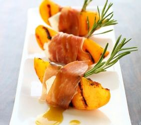 Grilled Peach with Prosciutto Appetizer