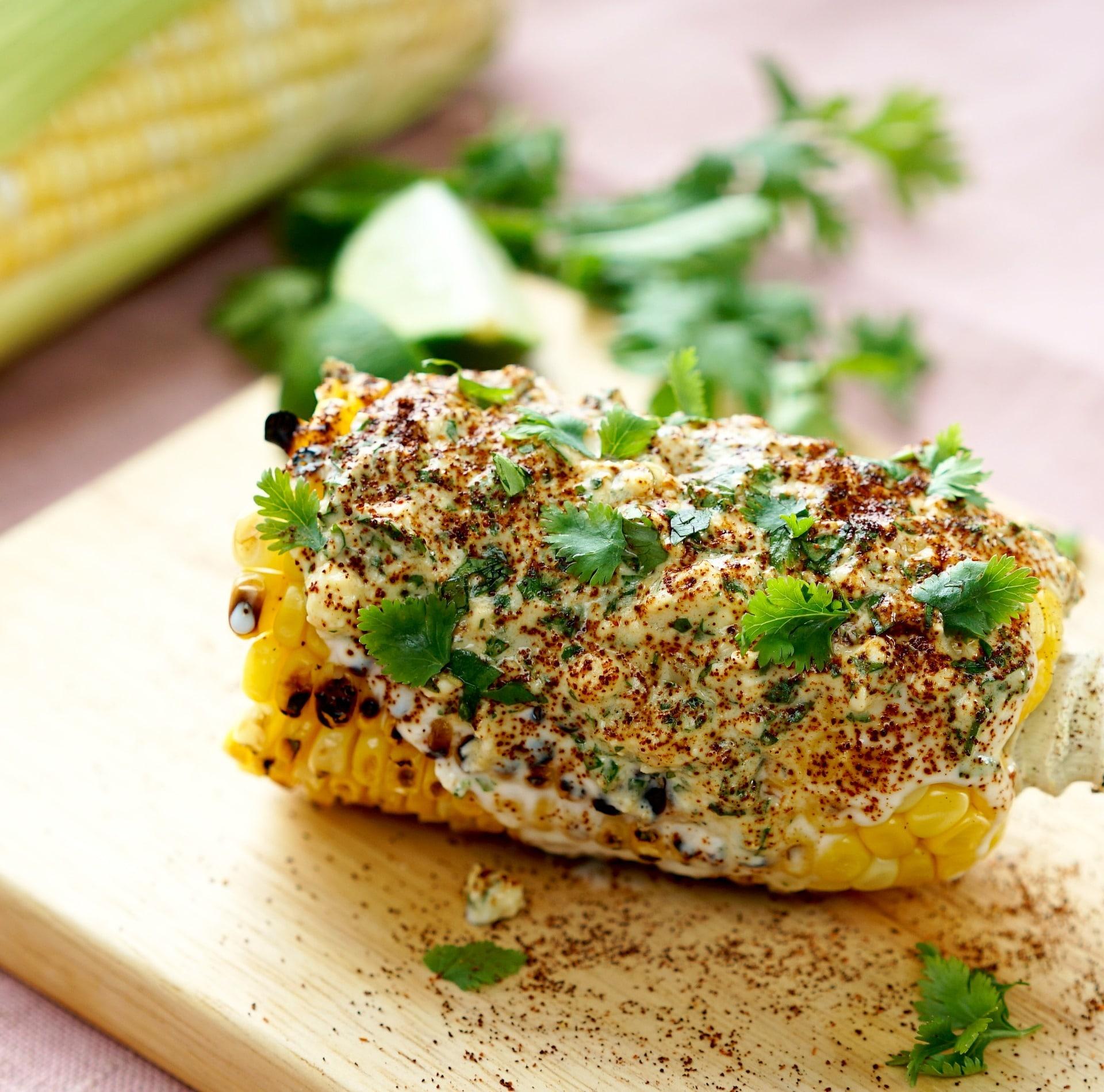 Grilled Mexican Street Corn Recipe via @mermaidsandmojitos