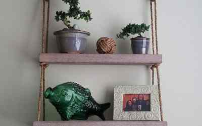 Easy DIY hanging shelf