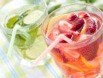 Ice cold fresh strawberry lemonade drink.