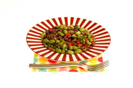 Three Bean Edamame Salad via @mermaidsandmojitos
