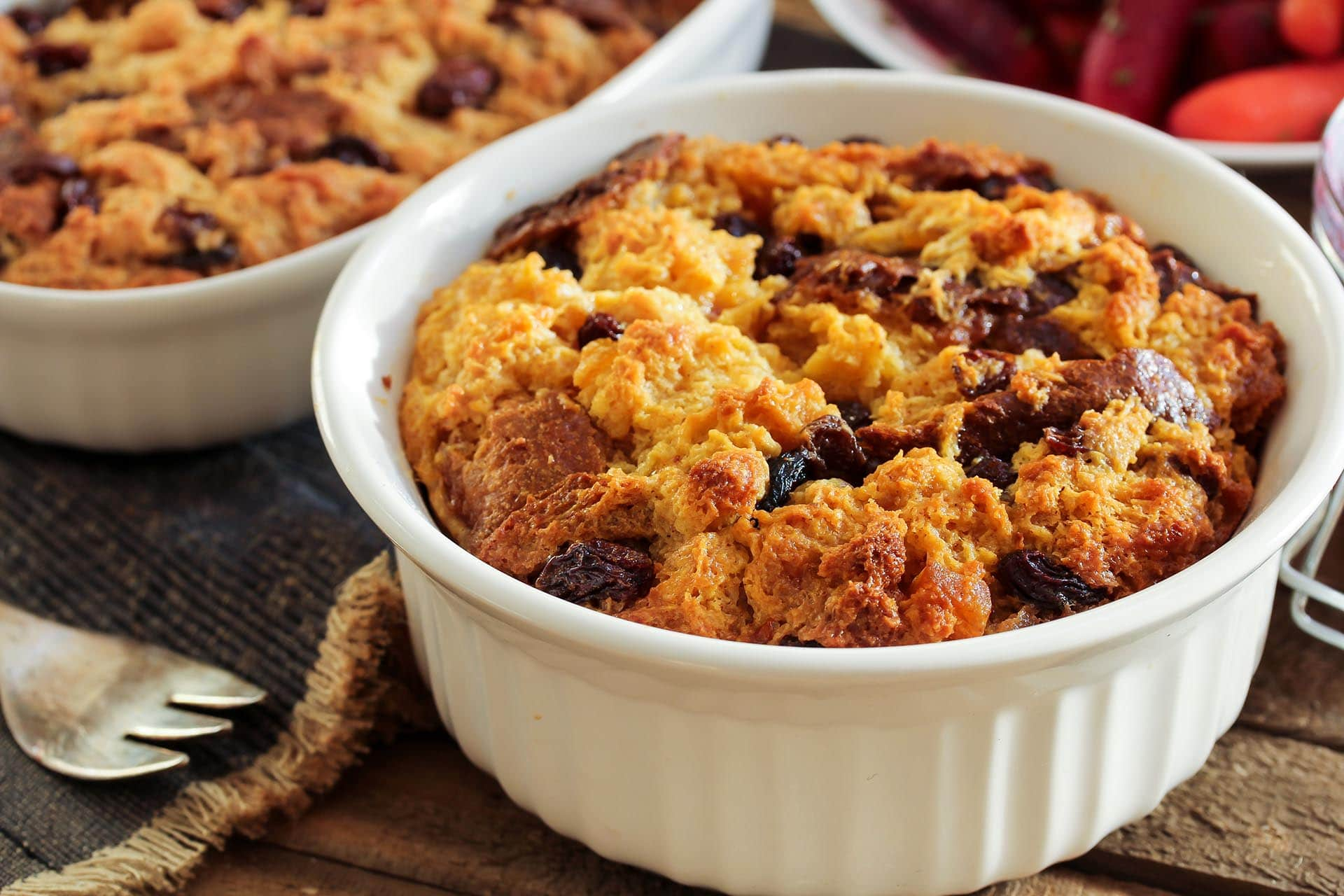 Pumpkin and Cranberry Bread Pudding via @mermaidsandmojitos