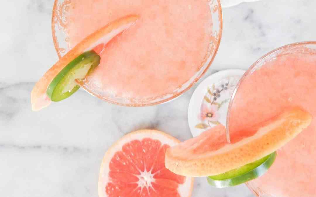 Best Paloma Recipe – Tequila, Fresh Pink Grapefruit