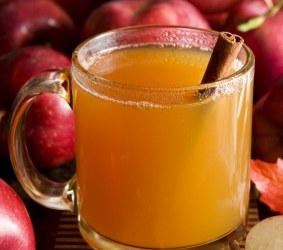 rum-spiked mulled apple cider