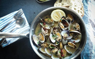 Wine and Garlic Steamed Clams