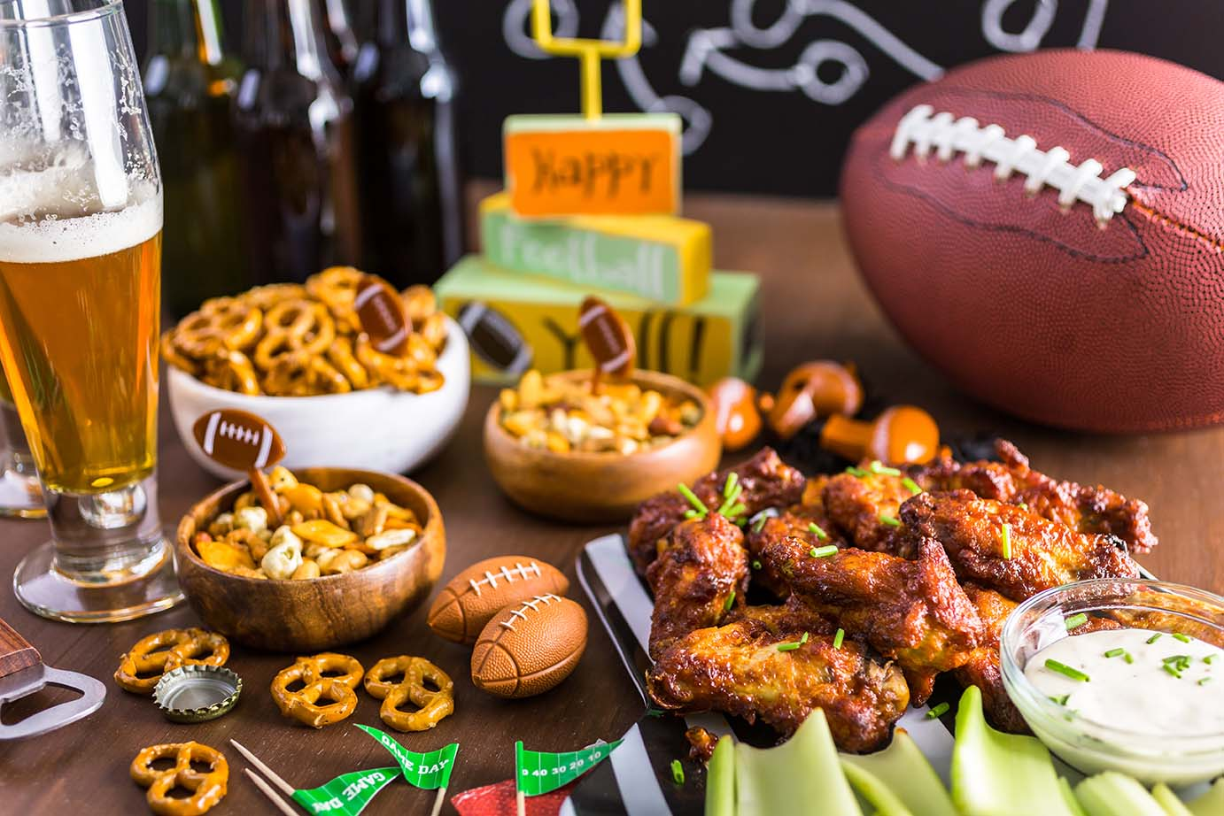 Quick Easy Super Bowl Party Recipes via @mermaidsandmojitos