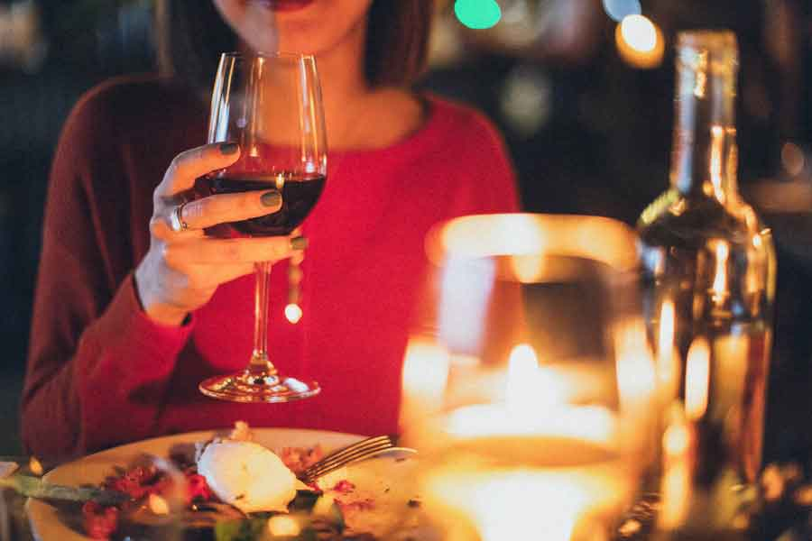 Take yourself out for an amazing meal | single girls guide to valentines da