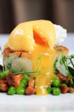 Bubble and squeak with poached egg and woodland mushrooms