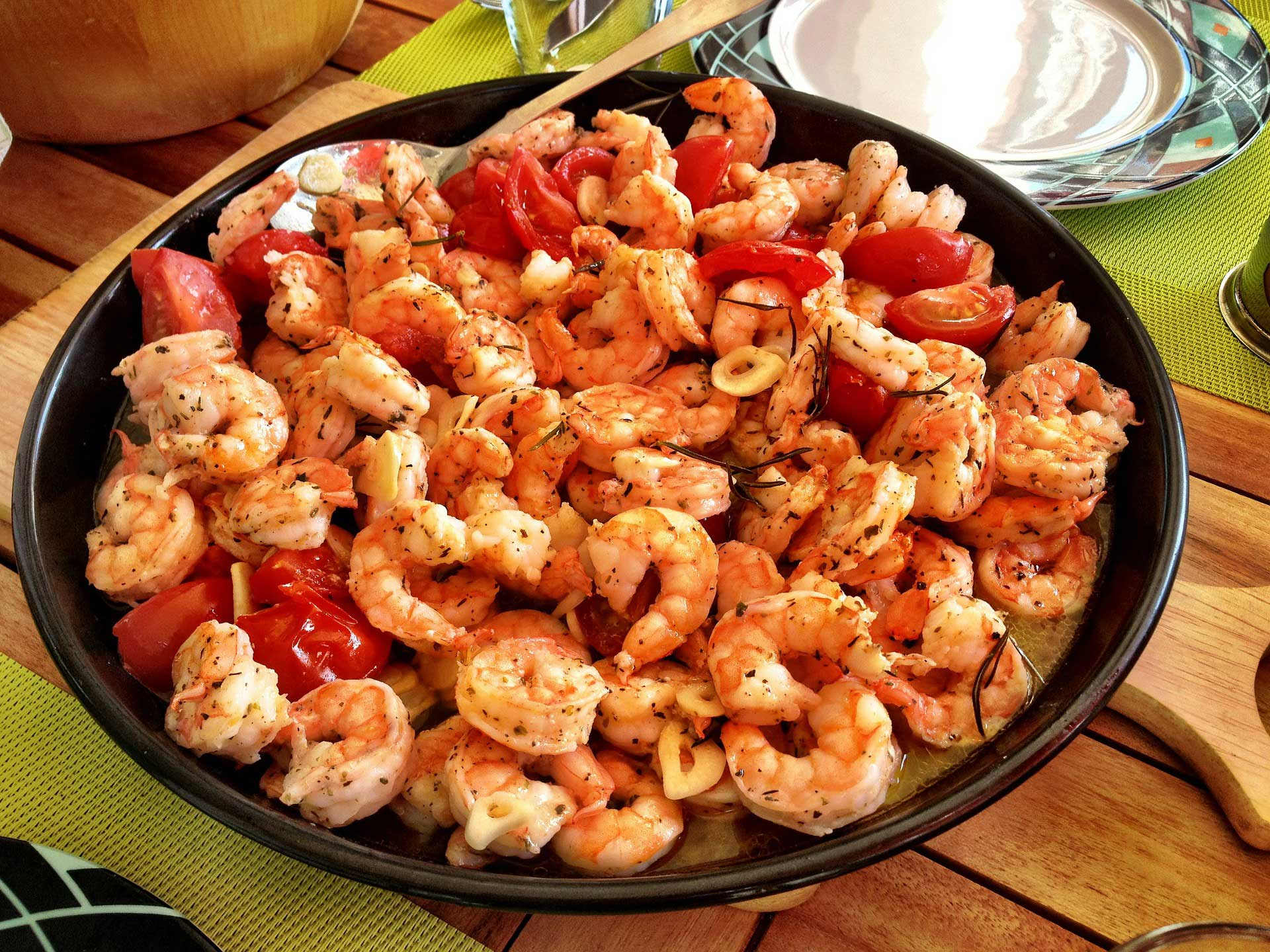 Gambas Al Ajillo | Classic Spanish Garlic Shrimp via @mermaidsandmojitos