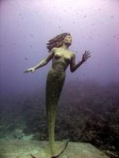 Amphitrite underwater mermaid statue