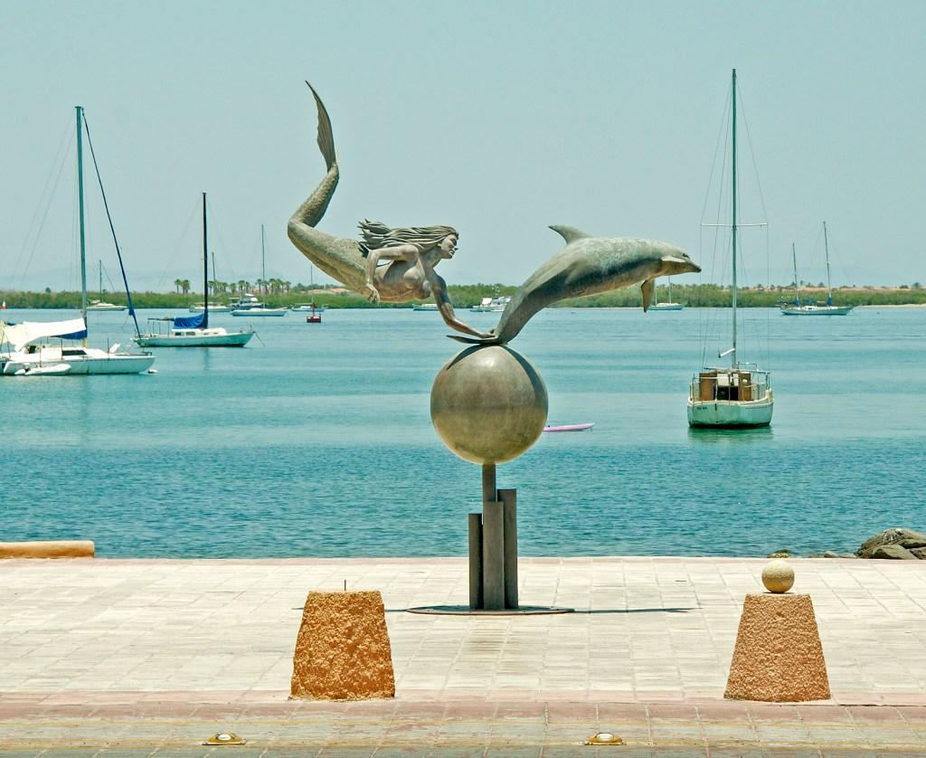 Sirena y Dolfine in La Paz