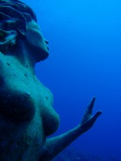 Amphitrite mermaid statue.