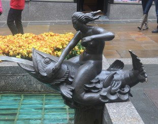 """The mermaid sculpture """"Will"""". Photo © Russell"""