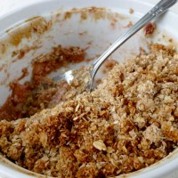 Super healthy apple-rhubarb crumble