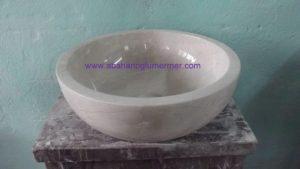 mermer bej lavabo em-015 ölçüleri : 42x15 cm fiyatı : 450 tl