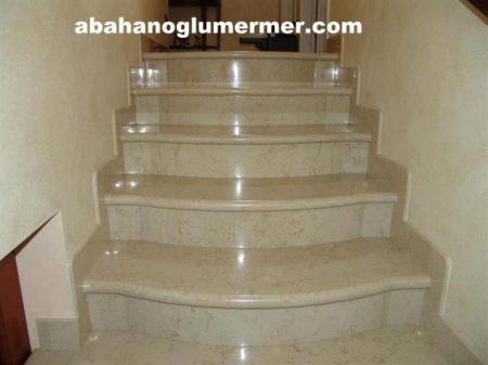 bej mermer merdiven basamak