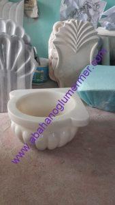 beyaz kavun dilimli mermer köşe kurnası ku-49 ölçüleri : 45x25 cm fiyatı : 450 tl