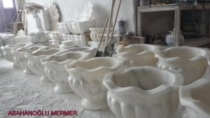 mermer kurna çeşitleri ku-048 ölçüleri :45x35 cm fiyatı : 850 tl