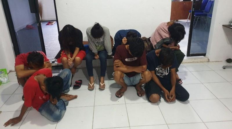 Mesum di Rumah Kontrakan, Delapan Remaja Diamankan Polisi di Paleteang Pinrang