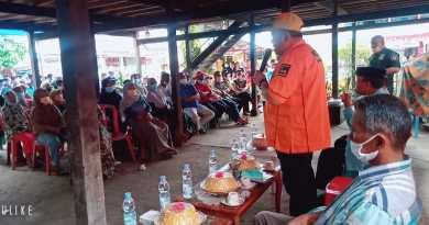 Reses dan Temu Konstituen. AJB Disambut Ratusan Warga Pinrang.
