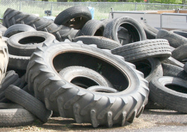 pic of old tires at a collection center