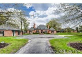 1421 SHAWNEE ROAD, LIMA, Ohio 45805, 4 Bedrooms Bedrooms, 8 Rooms Rooms,3 BathroomsBathrooms,Residential,For Sale,SHAWNEE ROAD,112145