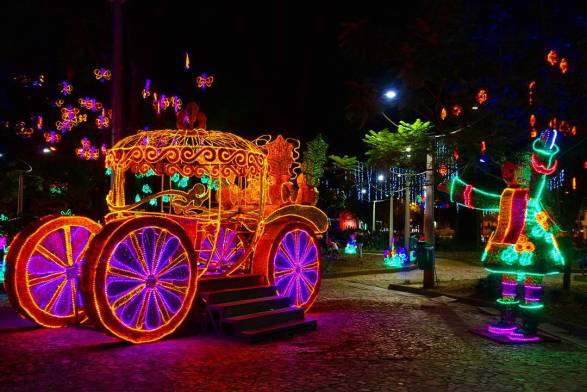tradition of Christmas in Colombia