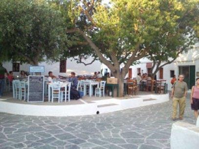 folegandros-main-square