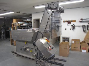 vertical conveyor-2 merrymans enterprises