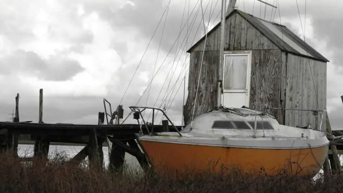 voilier abandonné