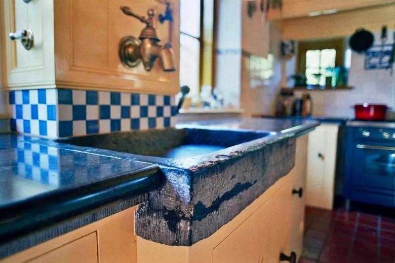 Handgemaakte keuken Stolwijk hardsteen spoelbak