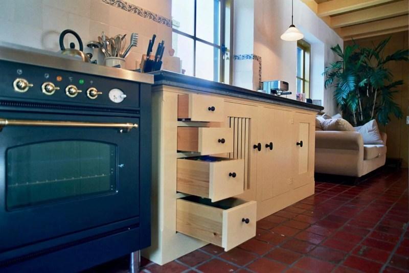 Jaren 30 keuken Stolwijk kast lades