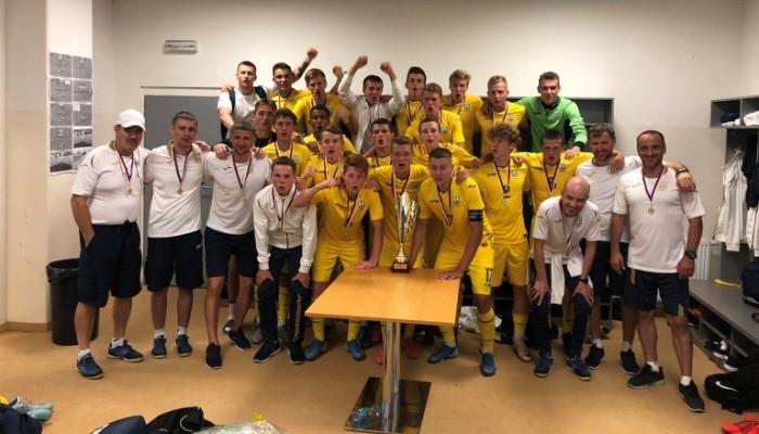 سيلعب الفريق الأوكراني في البطولات الدولية في تركيا وسلوفاكيا