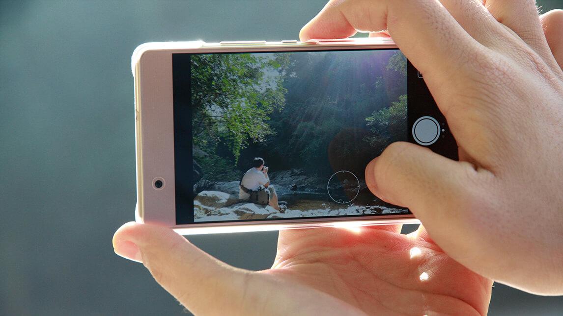 不需購買昂貴器材,用手機就能拍出好照